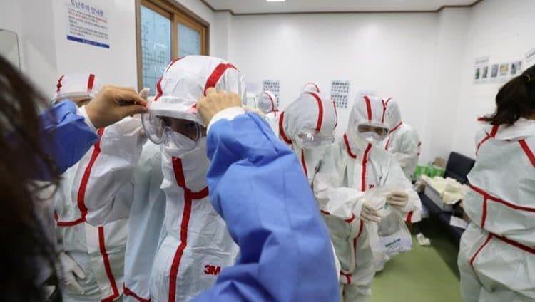"""الصين تسجل انخفاضاً حاداً في عدد الإصابات بـ""""كورونا"""""""