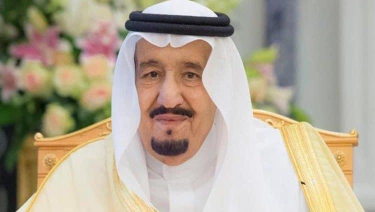 خادم الحرمين يأمر بتمديد حظر التجول في السعودية حتى إشعار آخر