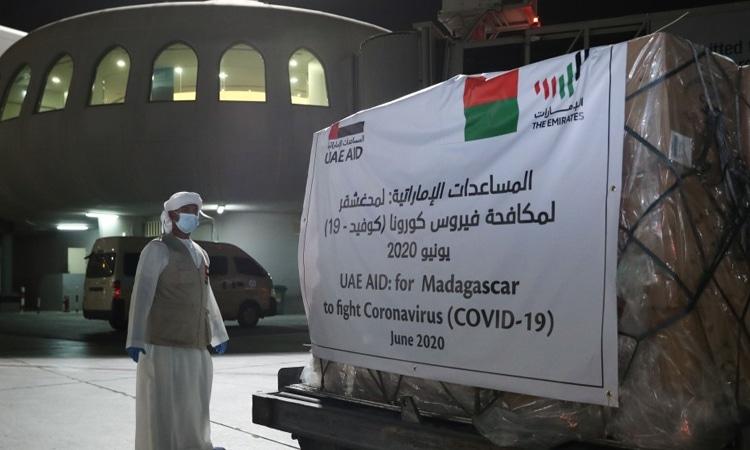 الإمارات ترسل طائرة مساعدات إلى مدغشقر لدعمها في مكافحة انتشار فيروس كورونا المستجد