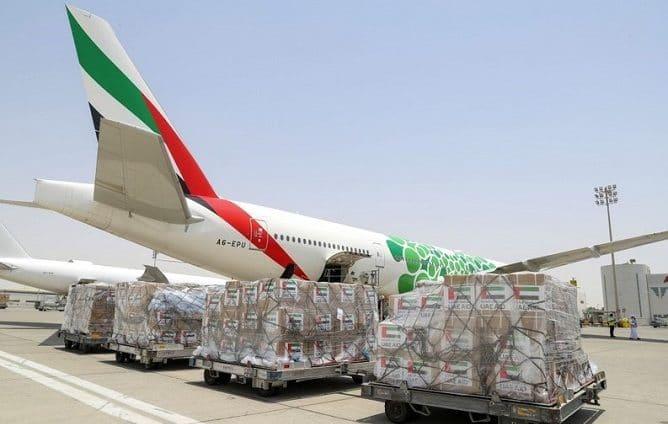 """الإمارات ترسل طائرة مساعدات إضافية إلى إيران لتعزيز جهودها في  مكافحة انتشار """"كوفيد-19"""""""