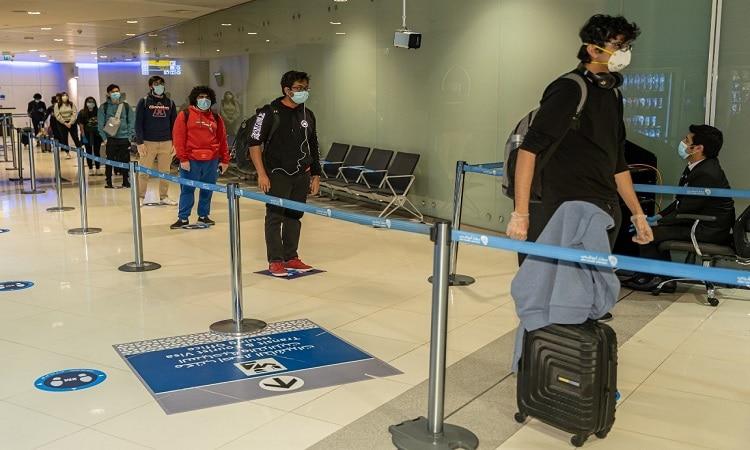10 خطوات تحقق تجربة سفر سلسلة وآمنة عبر مطار أبوظبي بعد استئناف الرحلات تدريجيا