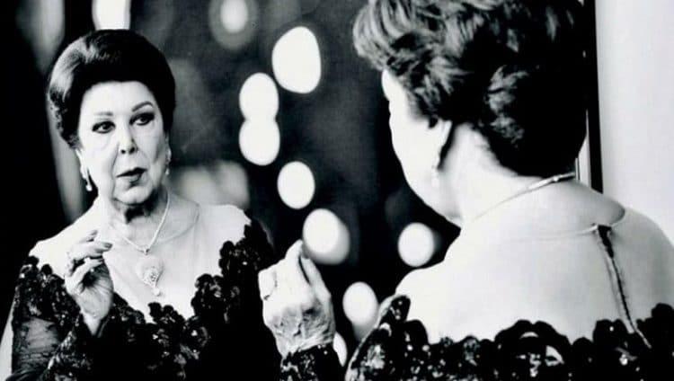 """رجاء الجداوي تتصدر """"تويتر"""".. وفنانون ومغردون: """"وداعًا.. آخر هوانم السينما المصرية"""""""