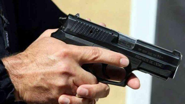 رجل يطلق النار على سائحة ونجلها لم يحترما التباعد الاجتماعي في فوريدا