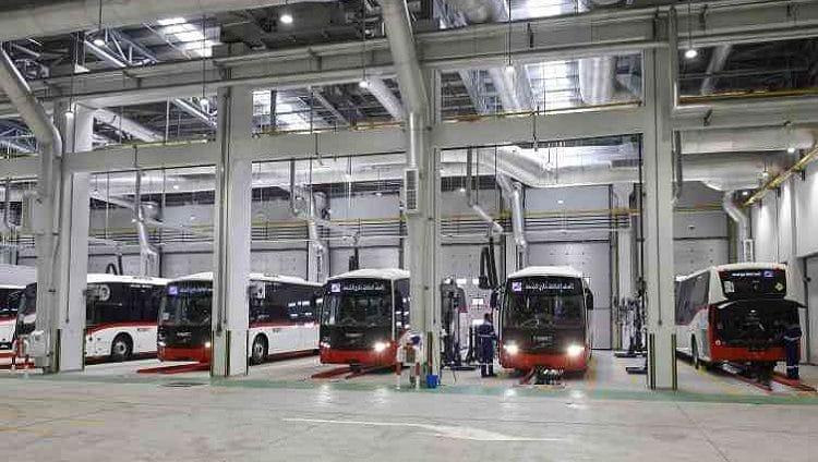 «طرق دبي» تشغّل 40 حافلة إضافية لضمان التباعد الجسدي
