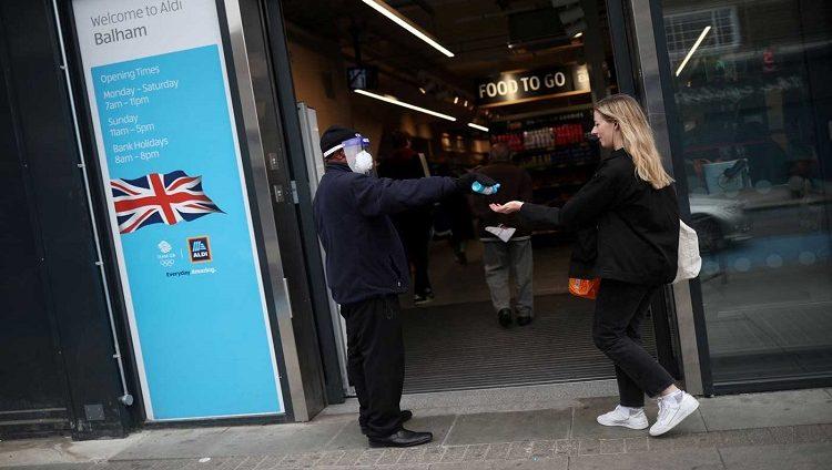 وزير الصحة البريطاني: وصلنا إلى نقطة حاسمة في مواجهة كورونا