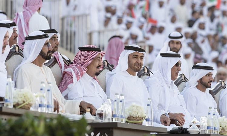 محمد بن راشد ومحمد بن زايد: أدام الله أخوّة الشعبين الشقيقين.. معاً أبداً