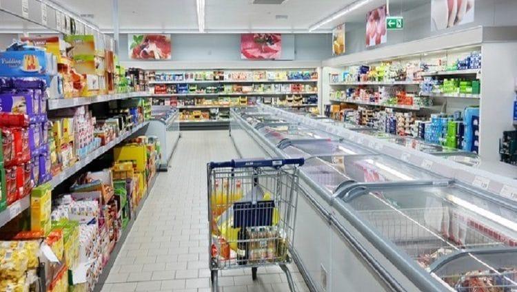 لحياة صحية.. مدينة تمنع عرض المنتجات الغنية بالسكر والملح في واجهة المتاجر