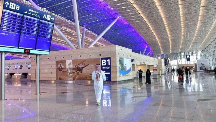السعودية تعلن استئناف إصدار التأشيرات السياحية في هذا التاريخ