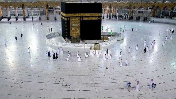 السعودية تبدأ المرحلة الثانية من العودة التدريجية للعمرة والزيارة