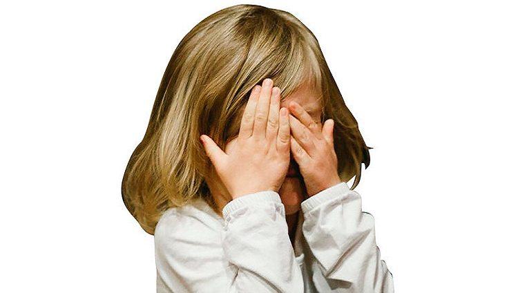 8 أشكال لـ «الإساءة للأطفال» على الإنترنت