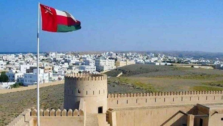 سلطنة عمان تعلن إغلاق حدودها البرية والجوية والبحرية