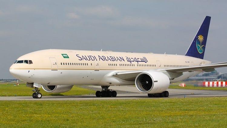 السعودية تمدد تعليق الرحلات الجوية الدولية لأسبوع آخر