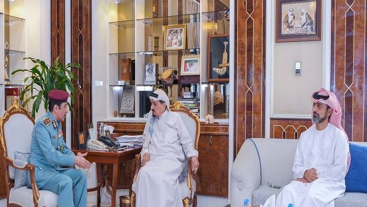 حميد النعيمي يشيد بانجازات منتسبي شرطة عجمان وحصولهم على جوائز عالمية
