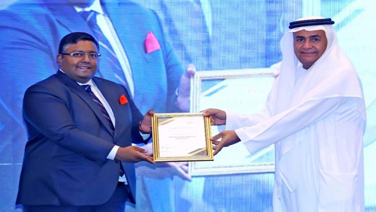 جامعة الإمارات تحصل على تقييم 5 نجوم في التعليم عن بُعد