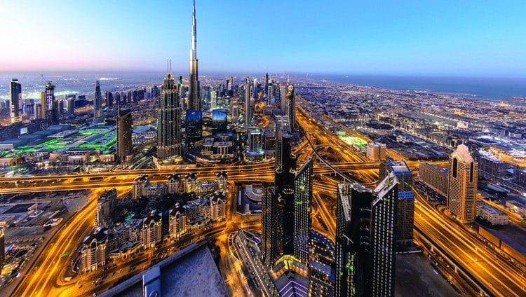 «فايننشال تايمز»: دبي تتصدر القائمة الخضراء المتوقعة للسياح البريطانيين