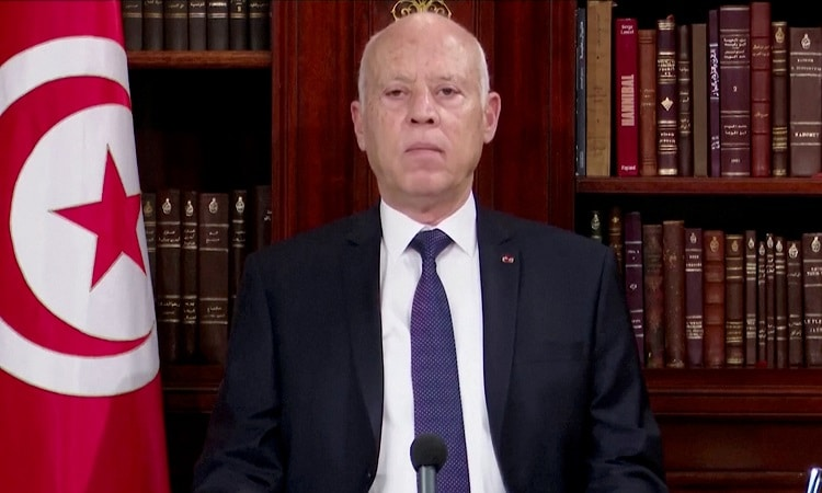 قيس سعيّد الرئيس الذي يريد تصحيح المسار عبر القانون