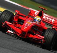 سباق «الفورمولا-1» ينشط القطاعين السياحي والفندقي بأبوظبي