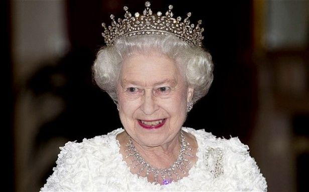 نتيجة بحث الصور عن تنازل الملكة اليزابيث