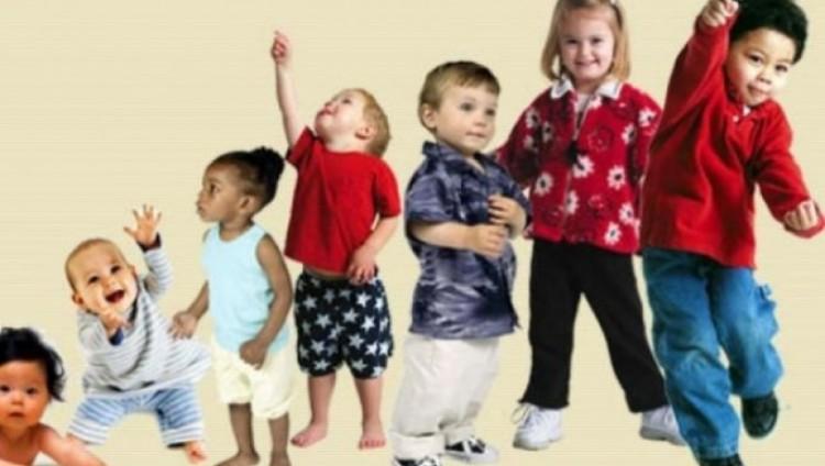 أربع خطوات بسيطة تساعد الطفل على اتباع نمط حياة صحي