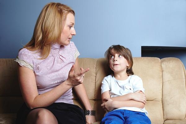 عادات الأطفال السيئة … الأسباب والحلول