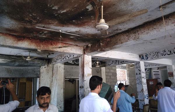 11 قتيلًا باعتداء استهدف محكمة في باكستان