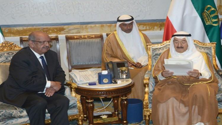 رسالتان من أمير الكويت إلى الملك سلمان والسيسي بشأن أزمة قطر