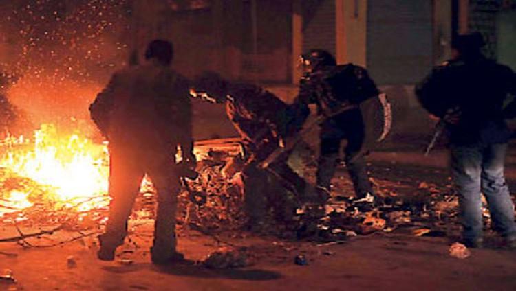 معتقلون وجرحى بعد ليلة جديدة من المواجهات في تونس