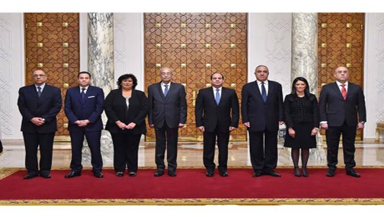 أربعة وزراء جدد يؤدون اليمين أمام الرئيس المصري