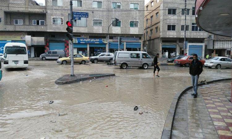 الأردن يعلق دوام المدارس بسبب الظروف الجوية