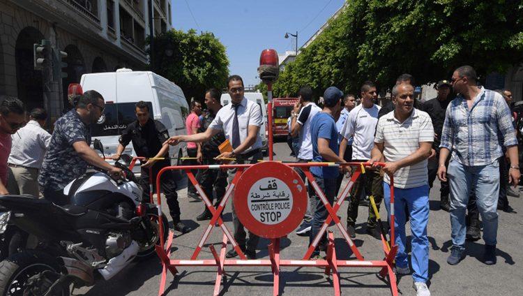 قتلى وجرحى بتفجيرين انتحارييين في العاصمة تونس