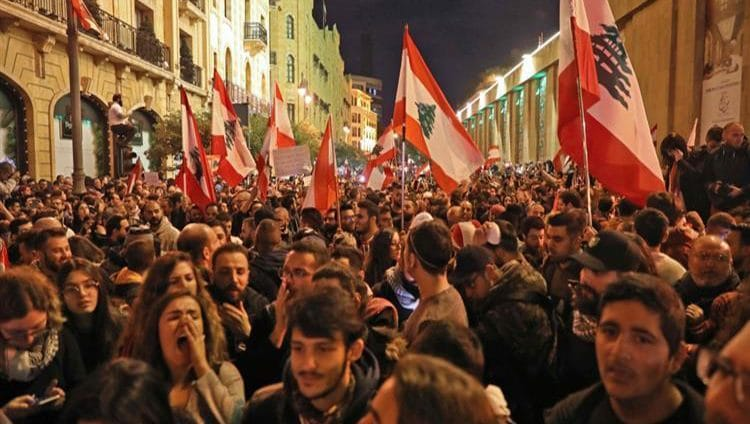 """الرئيس اللبناني يرجئ """"الاستشارات النيابية"""" لتسمية رئيس للحكومة"""