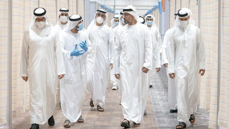 خالد بن محمد يتفقد مستشفيين ميدانيين من أصل 3 لدعم جهود الدولة للحدّ من انتشار «كورونا»