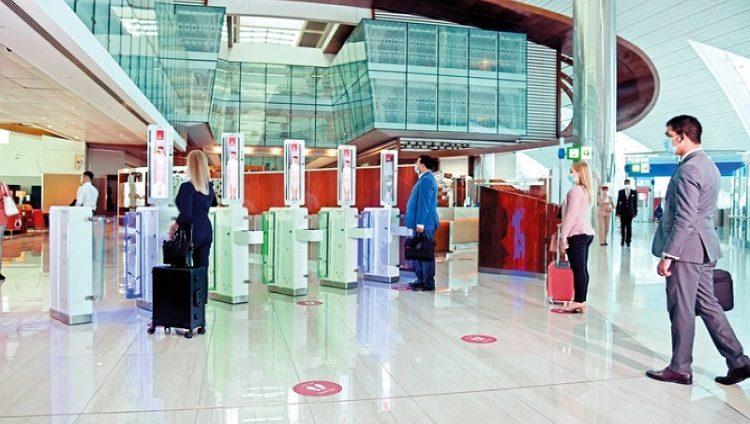 «طيران الإمارات» تطلق أول «مسار بيومتري» متكامل في مطار دبي