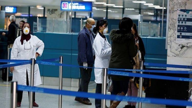 تونس.. الوضع خطير جداً مع ارتفاع إصابات كورونا وامتلاء المستشفيات