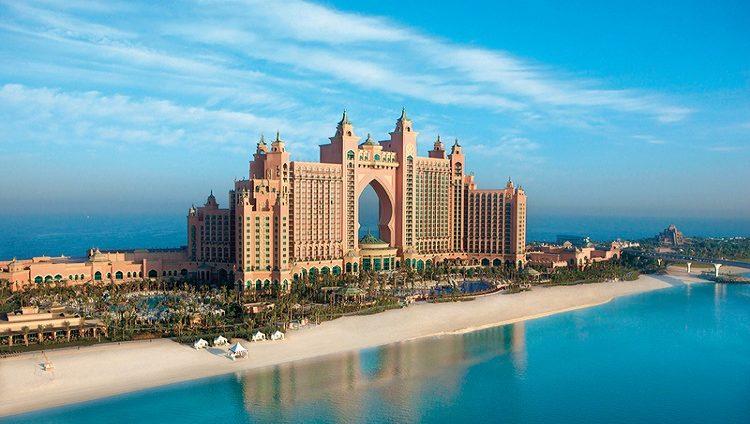 مديرون: دبي وجهة سياحية بارزة عالمياً خلال عطلتي «الميلاد» و«رأس السنة»