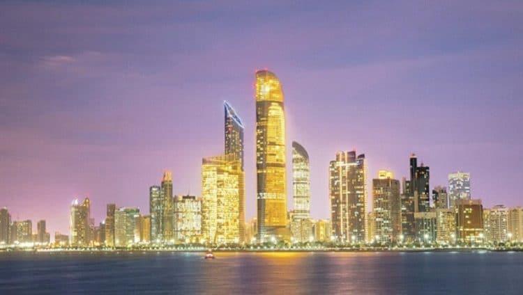 «ازدهر في أبوظبي».. برنامج لاستقطاب المواهب للإقامة والعمل