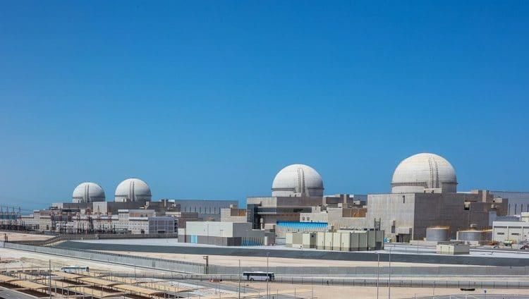 """استكمال تحميل حزم الوقود بمفاعل المحطة الثانية في """"براكة"""" والتحضير لبدء الاختبارات استعداداً لبداية التشغيل"""