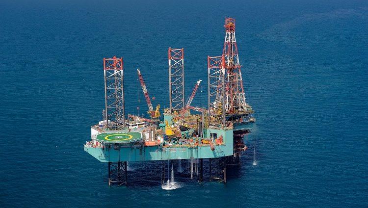 """""""أدنوك"""" ترسي عقدا بقيمة 2.73 مليار درهم لتطوير حقول منطقة امتياز """"بالبازم"""" البحرية"""