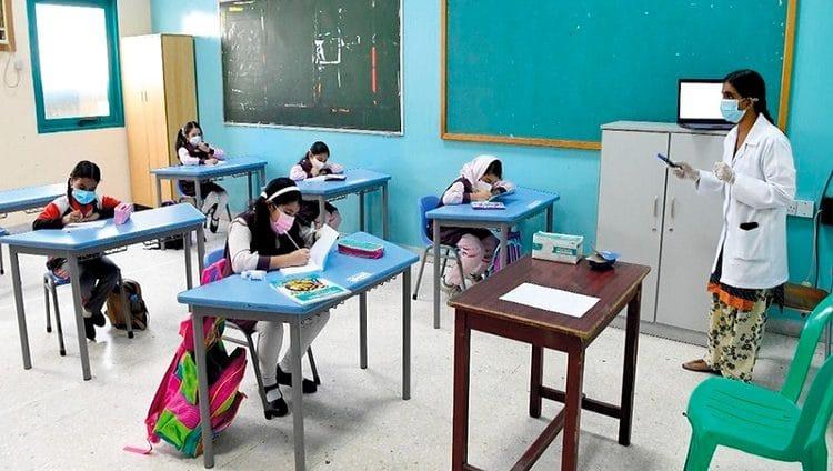 «التعليم والمعرفة» تدرس العودة الكاملة إلى مدارس أبوظبي وتخفيف التباعد