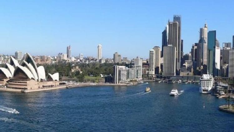 """أستراليا .. إغلاق تام في سيدني جراء تفشي """"دلتا"""" كورونا"""