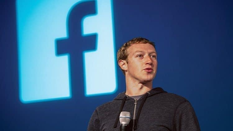 «فيسبوك» تتجاوز 1 تريليون دولار لأول مرة في تاريخها