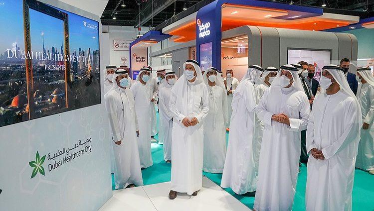 أحمد بن سعيد: دبي مستمرة في دعم القطاعات الحيوية وتسريع التعافي الاقتصادي