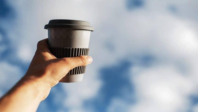 قهوة بنكهة «السحاب» في وسط دبي