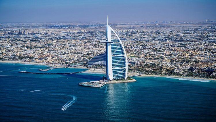 حمدان بن محمد : دبي تقود تعافي حركة السياحة العالمية