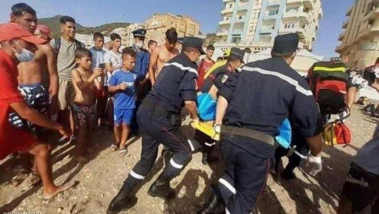 ما سر حادث تسمم المصطافين في شاطئ تنس في الجزائر؟