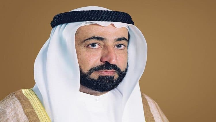 سلطان القاسمي يصدر مرسوماً أميرياً بشأن نقل وترقية وتعيين مدير عام لبلدية مدينة الشارقة