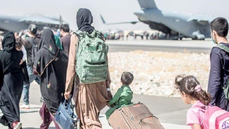 الإمارات تتعاون مع المجتمع الدولي لتعزيز الجهود الإنسانية في أفغانستان