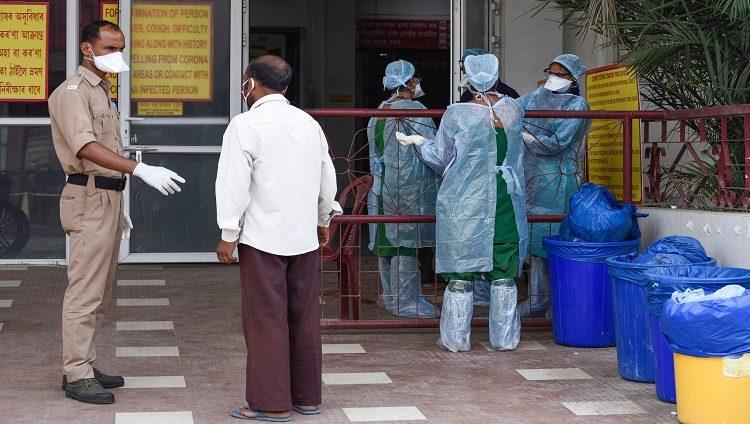 """""""كورونا"""" يحصد أكثر من 4 ملايين في العالم و 9 ,198 مليون مصاب"""