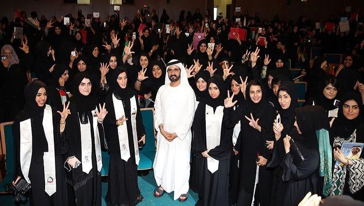 محمد بن راشد ومحمد بن زايد: المرأة الإماراتية شريكة في إنجازات الوطن