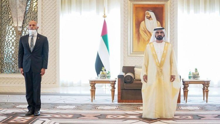 محمد بن راشد يتسلم أوراق اعتماد ثلاثة سفراء جُدد معينين لدى الدولة